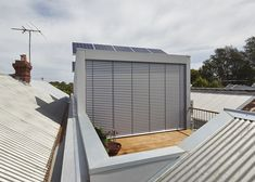 Timber decks can provide a practical outdoor space no matter the state of the yard. Get all the timber deck inspiration you need. Architecture Student, Sustainable Architecture, Modern Architecture, Wood Facade, Timber Deck, Australian Architecture, Glass House, Outdoor Spaces, Townhouse