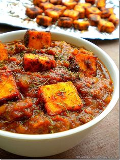 Tickling Palates: Paneer Tawa Masala. I'm posting this to my vegan board because this gravy is so delicious.  I'm going to spice and roast tofu instead of paneer. Honestly, I would eat a shoe if it was sitting in this gravy.