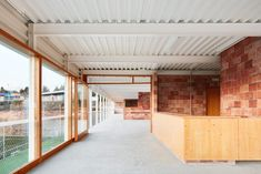 Bammp Arquitectes i Associats, José Hevia · Shelter and Gathering Place in the Municipal Sports Area of Matadepera Technical Architecture, Architecture Awards, Masters In Urban Planning, Low Budget House, Casa Patio, Arch Interior, Micro House, Glass Floor, Industrial Interiors