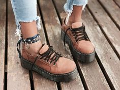 33 Wedge Sandals You Will Definitely Want To Save - New Shoes Styles & Design Sock Shoes, Cute Shoes, Me Too Shoes, Shoe Boots, Shoes Sneakers, Shoes Heels, Pumps, Mode Grunge, Dream Shoes