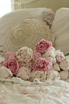 Shabby chic.. Love the ruffles and flowers