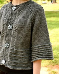Scarlett ' s cardi stricken Muster von annie riley Strickmuster loveknitting. Free Knitting, Baby Knitting, Knitting Sweaters, Grey Gloves, Knit Jacket, Sweater Jacket, Knitting Designs, Knitting Patterns, Crochet Patterns
