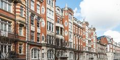 Luxury Knightsbridge property for sale in & More House School, Arnold House, Roof Cap, Large Open Plan Kitchens, Eaton Square, Two Bedroom Apartments, Built In Wardrobe, St Joseph, St Thomas