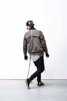 Stoer ben je wel met een bomber jacket, daar weten wij bij Miinto.nl alles van!