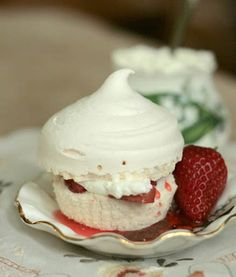 Vanilla Bean Meringue Cupcakes with Strawberry Rhubarb 2
