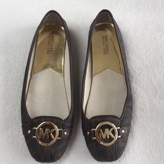 Michael Kors flats Adorable MK flats! Slight wear on the back leather (see pics) but good condition overall! Michael Kors Shoes Flats & Loafers