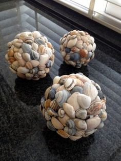 super 45 Inspirierende Sea Shell Craft DIY-Ideen - Diy And Crafts super 45 Inspirational Sea Shell C Seashell Art, Seashell Crafts, Beach Crafts, Diy And Crafts, Crafts With Seashells, Crafts With Rocks, Seashell Wind Chimes, Pot Mason Diy, Mason Jar Crafts