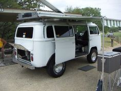 lifted VW T2 Bus camper / overland