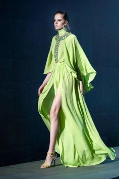 Fashion Week Paris, Live Fashion, Runway Fashion, Fashion News, Elie Saab Couture, Alexander Mcqueen, Elie Saab Fall, Fashion Show Collection, Catwalks