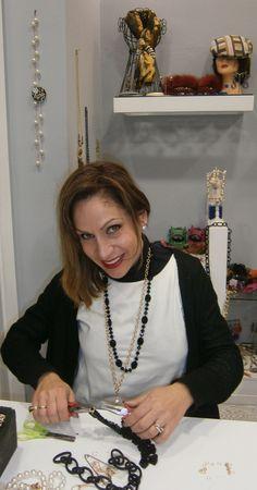Le migliori tendenze in via petrarca 33 0915072135 Ti aspettiamo Showroom, Chain, Jewelry, Fashion, Moda, Jewlery, Jewerly, Fashion Styles, Necklaces
