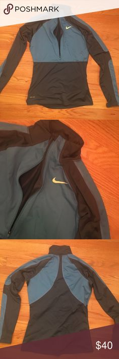 Nike Quarter Zip Pullover Running Jacket This thermal quarter zip pullover is perfect for outdoor runs in the winter. Barely used and in great condition. Dry fit! Nike Tops Sweatshirts & Hoodies