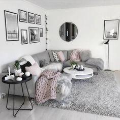 Ich liebe dieses hellgraue moderne und gemütliche Wohnzimmer Dekor #Wohnzimmer #decor #dekor #dieses #gemutliche #hellgraue #liebe #moderne #wohnzimmer