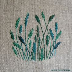 grass embroidery by Anna Gnieciecka, 11 cm diameter