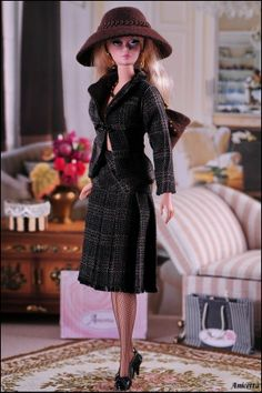 Anicetta OOAK fashion for Silkstone Barbie, Fashion Royalty. IV
