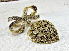 Vintage Bow & Heart Brooch Pin, Gold Floral Flower Brooch, Gold Filigree Dangle Brooch, 1970s Romantic Cottage Chic Jewelry, Valentines Day by RedGarnetVintage