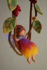 Love the softness, and carefree look of this little doll and the felted leaves. Waldorf Crafts, Waldorf Dolls, Wet Felting, Needle Felting, Felt Angel, Felt Fairy, Creation Couture, Little Doll, Fairy Dolls
