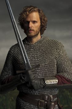 Sir Leon, my favorite knight! (Link to other character photos as well, to remain somewhat fair).