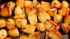 Here is a quick little video featuring my top tips for making perfect Roast Potatoes - perfect for this time of year! http://youtu.be/DNUuKQUEF94