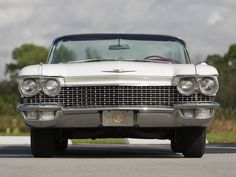 1960 Cadillac Sixty-Two Convertible Cadillac Series 62, Front Grill, Grills, Car Ins, Convertible, Vehicles, Face, Vintage, Car