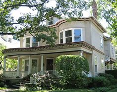 Colonial Revival house - Evanston, IL (Dave's Victorian House Site - Evanston Gallery)