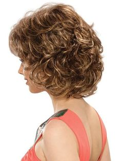 Estetica Designs Colleen Wig : Profile View   Color CARAMELKISS Short Hairstyles For Thick Hair, Short Hair With Layers, Curly Bob Hairstyles, Short Curly Hair, Layered Hair, Short Hair Cuts, Haircuts, Blonde Curly Wig, Curly Wigs