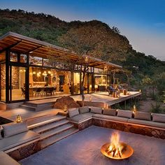 A luxury mountain lodge with 5 Eco-Suites for Trails Walkers