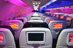 Félsz a repüléstől? Ne tedd! Könyves Viki elmagyarázza, hogy miért ne és ha megfogadod a tanácsait, garantáltan élvezni fogod a következő repülőutadat.