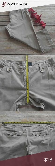 "CLEARANCE Limited Cassidy fit capris Cassidy fit capris, front & back pockets. 21"" inseam, see photos for other measurements. Appropriate for school uniforms. The Limited Pants Capris"