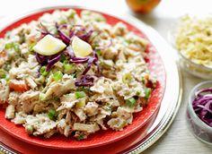 Pasta tonijnsalade | Kookmutsjes Tuna, Cobb Salad, Potato Salad, Food To Make, Food Photography, Cabbage, Brunch, Rice, Tasty