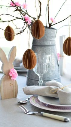 DIY- paper eggs Easter Decor – Welcome My World Diy Osterschmuck, Easter Table Decorations, Halloween Decorations, Diy Ostern, Easter Crafts For Kids, Easter Eggs, 3d Paper, Origami Videos, Origami Flowers
