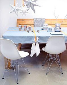101 Woonideeën in samenwerking met Hema Van acht theedoeken maak je in een middag een uniek tafelkleed.