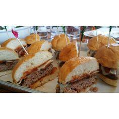 #BurgerUp Tasting In #Nashville #360Magazine @visitmusiccity w / #VaughnLowery #GlobalSociety #photooftheday