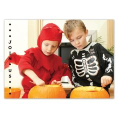 Give your guests a sneak peak of the Halloween festivities to come, and invite them to join along! #InkCards
