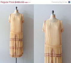 25% OFF SALE.... silk 1920s dress / vintage 20s dress / Lycée Françoise on Etsy, £239.01