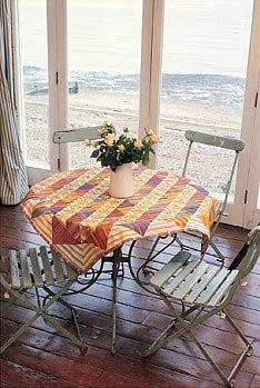 Small Diagonal Tablecloth' is a pattern in Patchwork and Quilting Book Number 2 (Rowan Yarns, 2000).