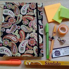 Charlô - Cadernos Artesanais (@charlo_artesanato)   Instagram photos and videos    #cadernoargolado #cadernodeargola #cadernofichario #fichario #artesanato #charlo #encadernação #elo7 #voltaasaulas #aulas #materialescolar #caderno #cadernos #diy #cadernopersonalizado #personalizado #postit #postits #adesivos #stickynote #zen