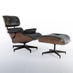 Walnut & Black Leather Eames Lounge Chair & Ottoman  #eames #hermanmiller #loungechair #walnut