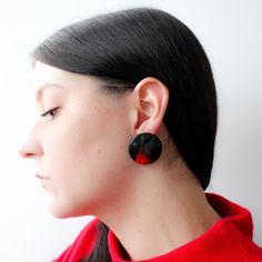 Vintage round black earrings, with hand painted red brushstroke, across. Black Earrings, Drop Earrings, Vintage Clothing, Vintage Outfits, Earring Backs, Red Black, Vintage Shops, Hand Painted, Painting