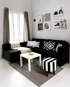 Fancy Sofa Design Ideas For Minimalist Living Room To Try, Living Room Sofa, Home Living Room, Apartment Living, Interior Design Living Room, Living Room Designs, Black Sofa Living Room Decor, Apartment Couch, Apartment Furniture, Minimalist Living Room Furniture