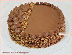 Torta alla nutella e mascarpone Mini Desserts, Chocolate Desserts, Chocolate Cake, Gelato, Sweet Recipes, Cake Recipes, Biscotti, Kolaci I Torte, Italian Cake