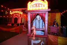 creepy ticket booth from pallets. Haunted carnival