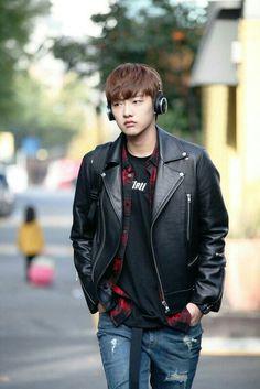 Cute face #shinwonho #LegendOfBlueSea #CROSSGENE #taeoh