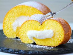 Swiss Roll Cake In a Frying Pan - Kitchen Cookbook Custard Pudding, Pudding Cake, Sweets Recipes, Cooking Recipes, Swiss Roll Cakes, Different Cakes, Sweets Cake, Cake Flour, Food And Drink