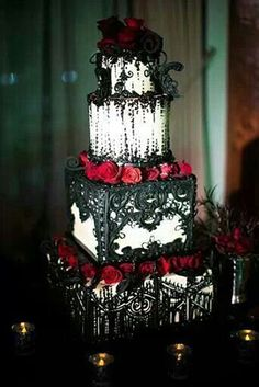 Red Roses and Black Lace Tiered Wedding Cake – shared in a roundup post on Cake Wrecks Gothic Wedding Cake, Gothic Cake, Vampire Wedding, Wedding Cake Red, Wedding Day, Wedding White, Lace Wedding, Wedding Venues, Gothic Wedding Decorations