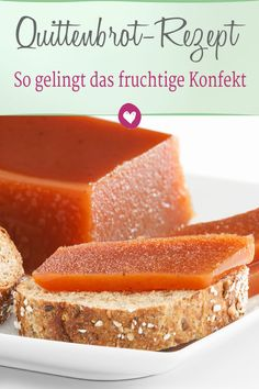 Quince Bread: The fruity confection is made with Grandma& recipe With this recipe .- Quittenbrot: Mit Omas Rezept gelingt das fruchtige Konfekt Mit diesem Rezept ge… Quince bread: With Grandma& recipe, the fruity … - Healthy Dessert Recipes, Healthy Dinner Recipes, Cake Recipes, Breakfast Recipes, Kid Recipes, Vegetarian Recipes, Mini Desserts, Easy Desserts, Cake Vegan
