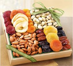 Shop Fruit & Nut Trays, The Best Fruit Platters for Christmas, http://nuttrays.com/shop-fruit-nut-trays.htm