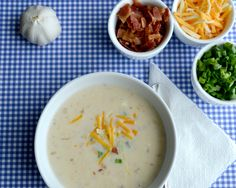 Slow Cooker Loaded Baked Potato Soup Recipe