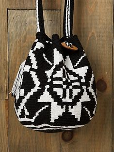 29505b424a black and white Tapestry Bag