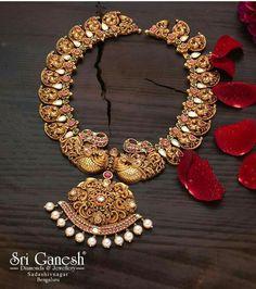 Gold Choker Necklace - dainty choker/ delicate choker/ thin choker/ dainty gold necklace/ layering choker/ trendy choker/ gifts for her - Fine Jewelry Ideas Indian Wedding Jewelry, Indian Jewelry, Bridal Jewelry, Indian Bridal, Indian Necklace, South Indian Jewellery, Gold Jewellery Design, Gold Jewelry, Handmade Jewellery