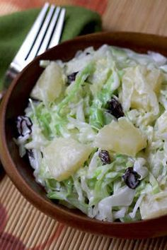 Cabbage and Pineapple Salad - AntojandoAndo pasta rezept healthy pasta recipes Veggie Recipes, Mexican Food Recipes, Salad Recipes, Vegetarian Recipes, Beef Recipes, Cooking Recipes, Healthy Recipes, Shrimp Recipes, Salade Healthy